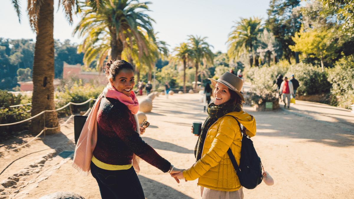 Para viajar sozinha parte 2: A voz da experiência de mulheres e pessoas Queer