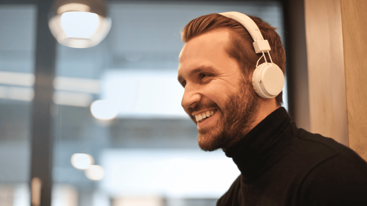 6 Of The Best Podcasts For Italian Language Learners