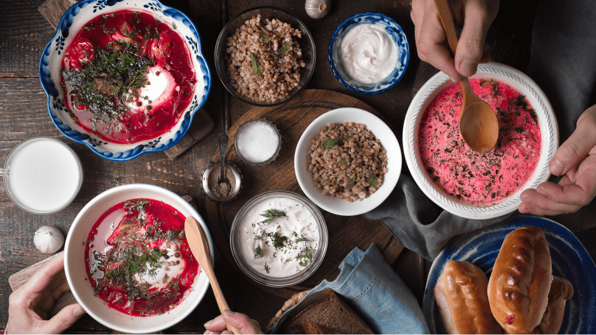 How To Host The Perfect Russian Dinner Party