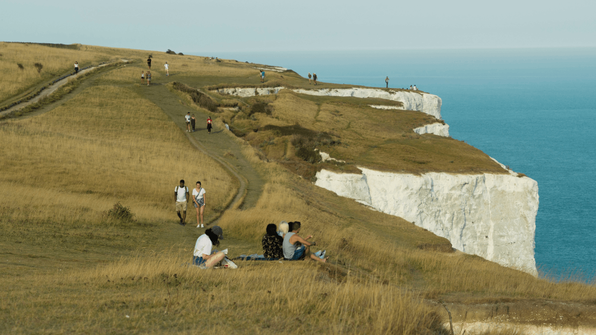 The Cliffs of Dover representing the differences between England and the UK